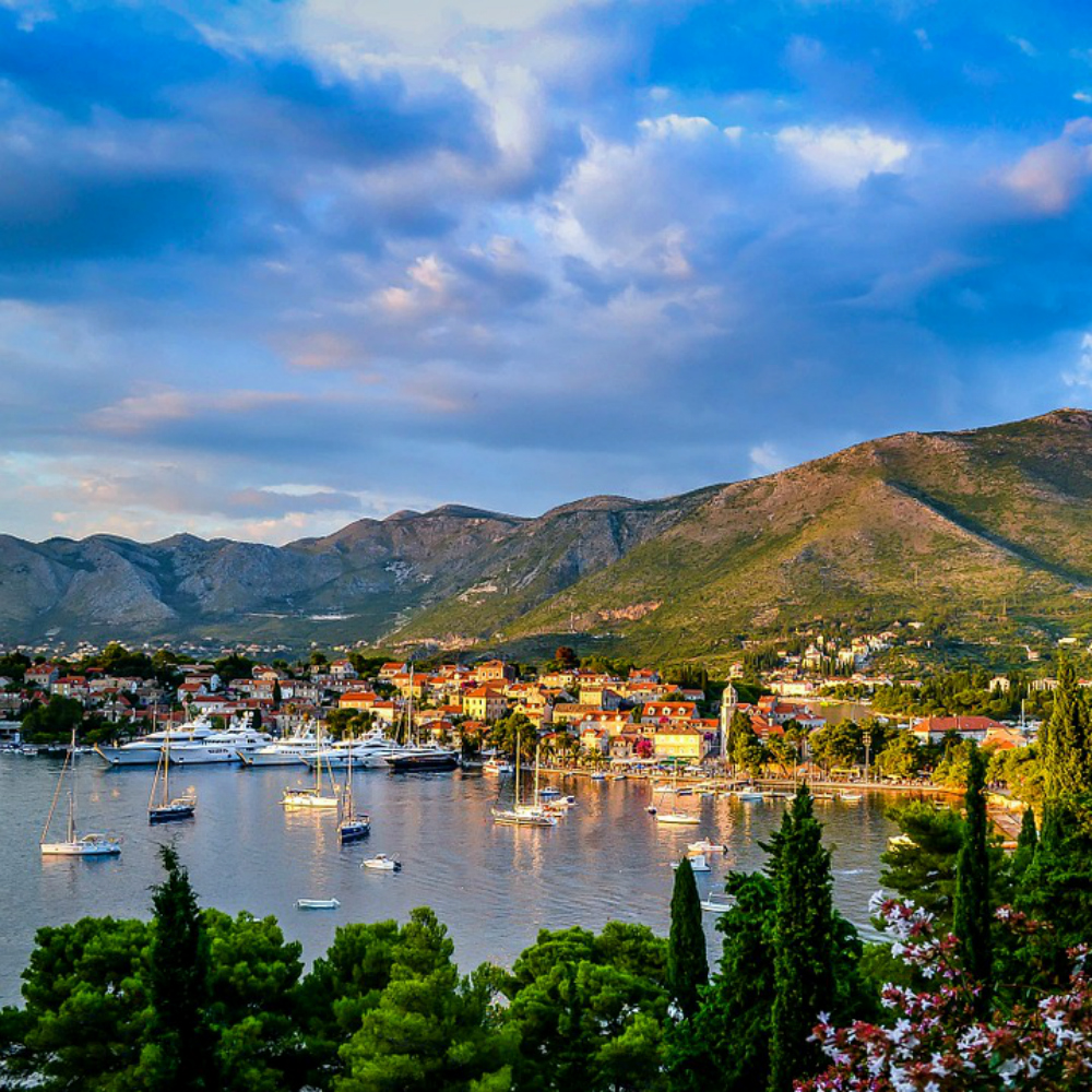 Bergen en stadje in Montenegro