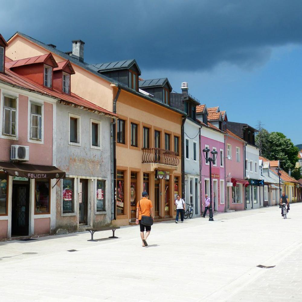 Kleurrijke huisjes in Montenegro